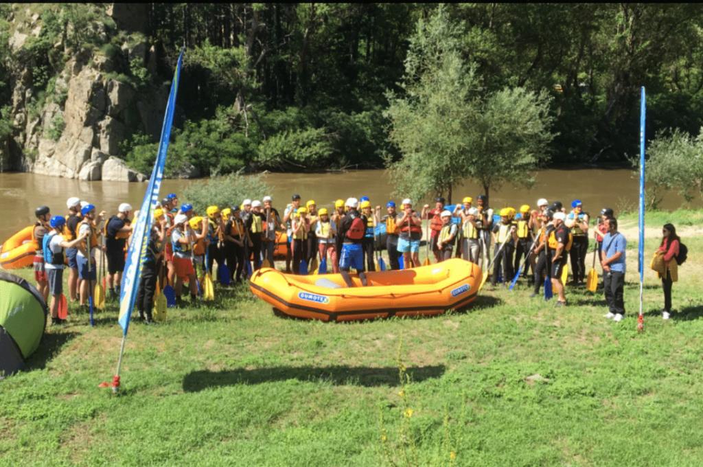 B EYE team building rafting event